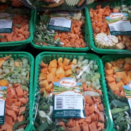 Vegetales cortados p/sopa x Bandeja